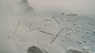 sand msg i love you