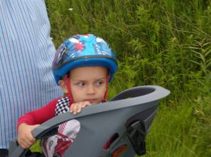 2013 ethan on bike with papa