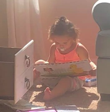 2019 cumbee aubrey reading books
