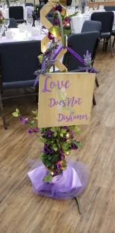 sign 3 love does not dishonor