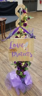 sign 5 love protects