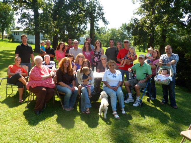 bill and gloria picnic all our family