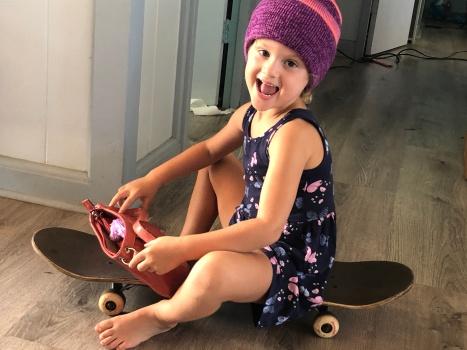 KIZZIE Skateboard